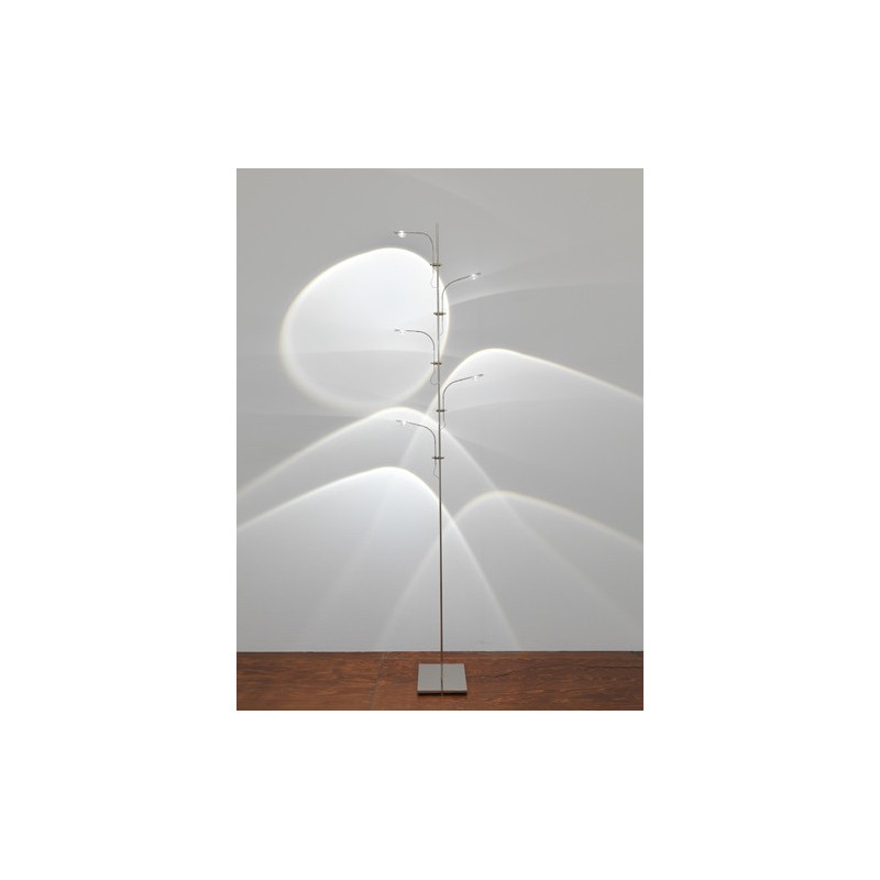 lampadaire led wa wa catellani smith comptoir des lustres. Black Bedroom Furniture Sets. Home Design Ideas