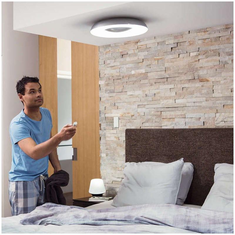 plafonnier led still hue avec t l commande philips comptoir des lustres. Black Bedroom Furniture Sets. Home Design Ideas