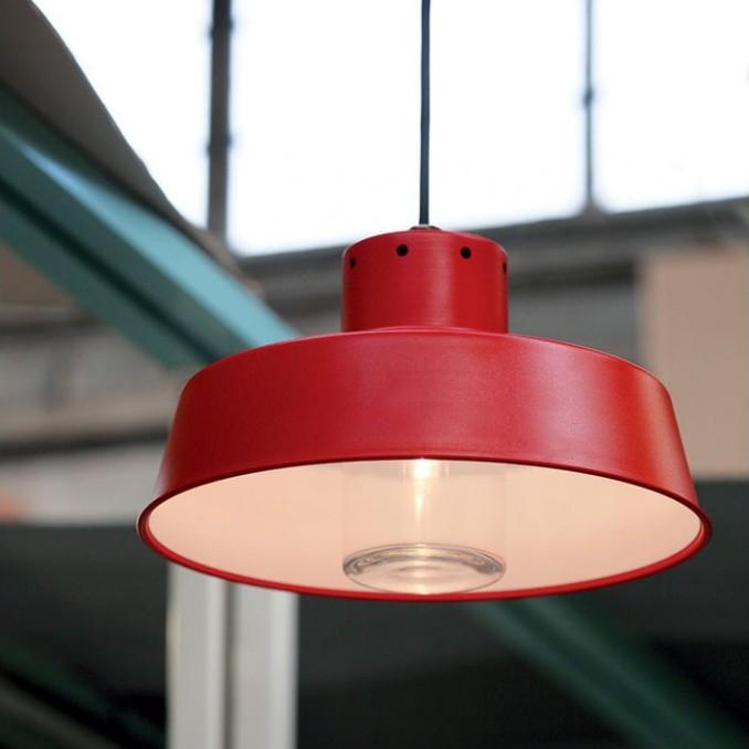 C 39 est le moment d 39 installer vos luminaires d 39 ext rieur for Lustre pour exterieur